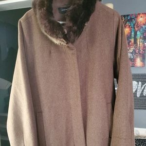 Brand new W/out tags Jones Newyork winter coat